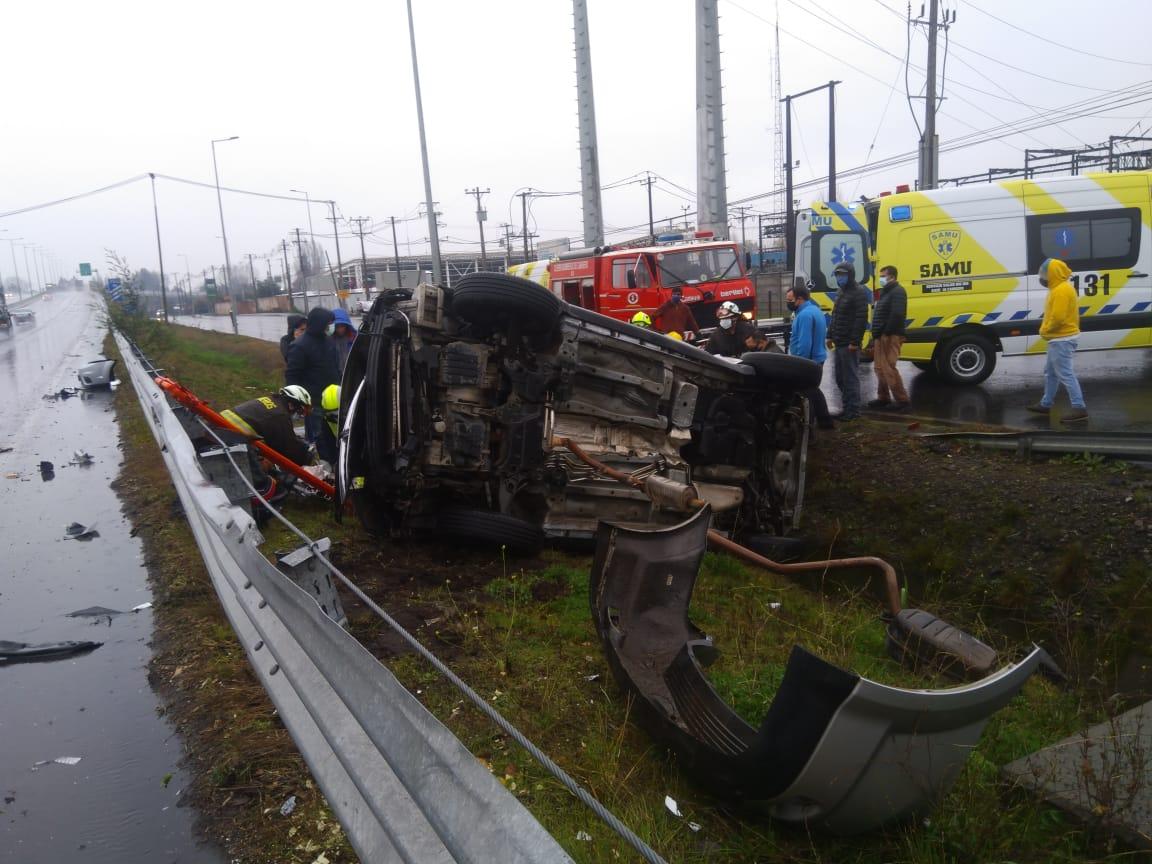 Mujer 21 años y menor de 3 murieron en accidente carretero en Cabrero