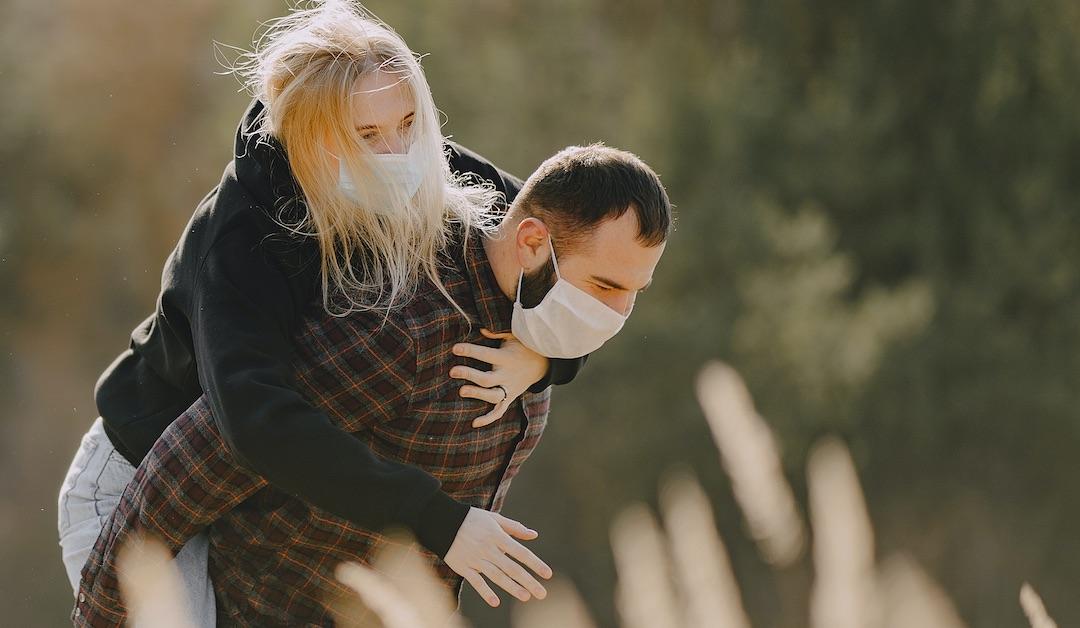 Conoce la terapia de los 7 abrazos que cambian tu energía en momentos de crisis