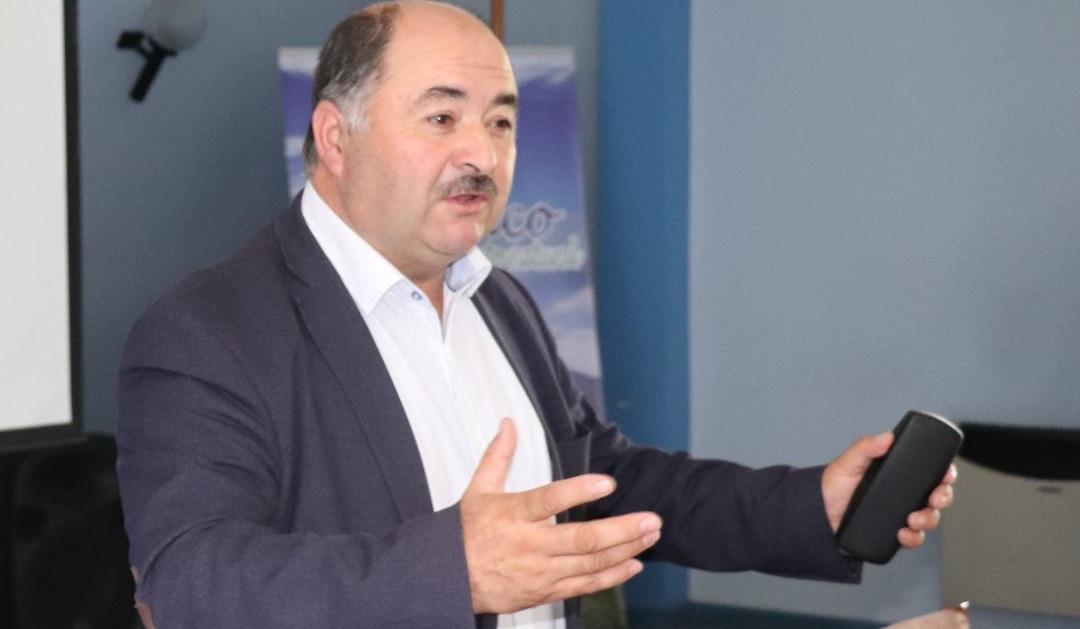 Alcalde de Quilaco queda en cuarentena por contagio en su familia