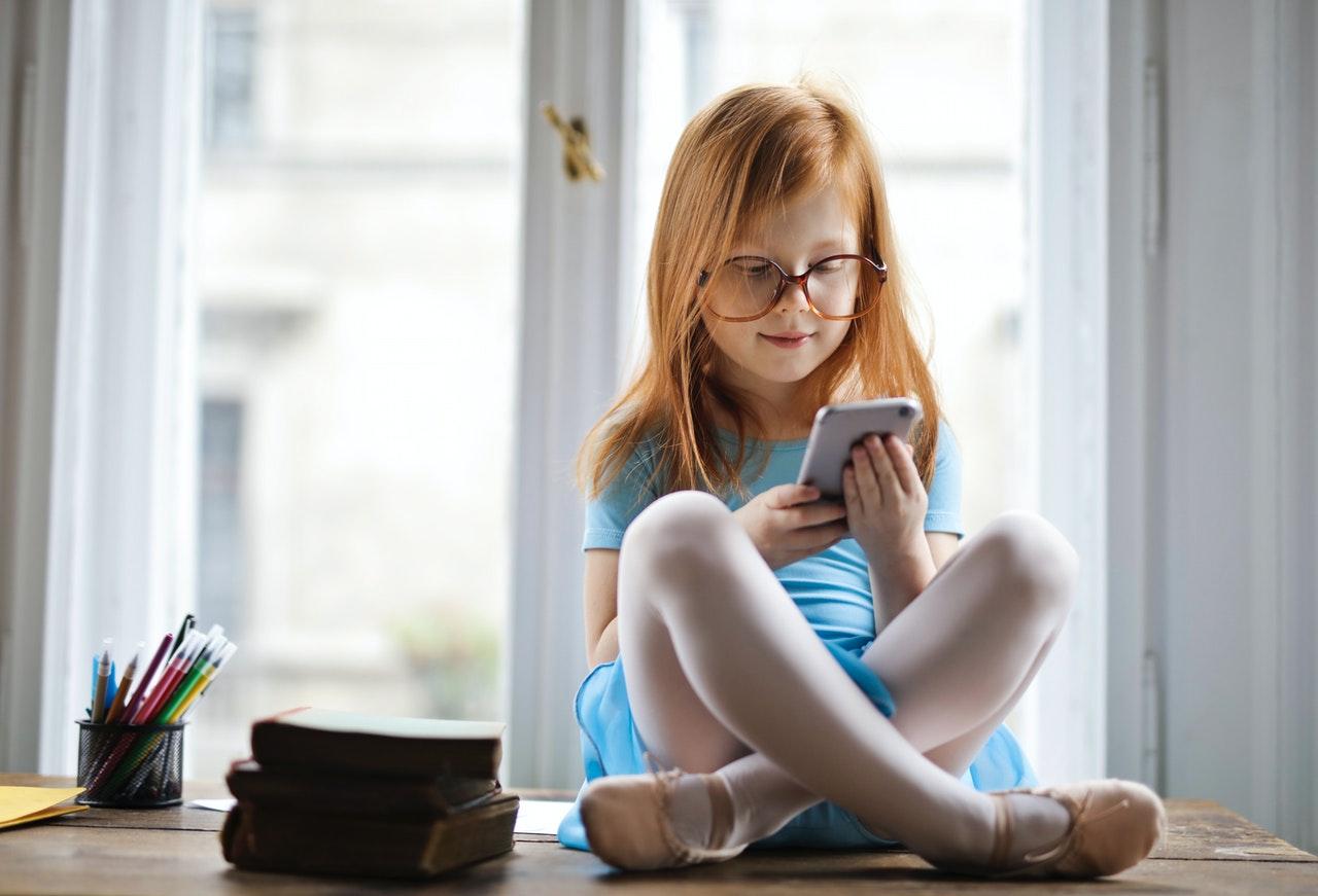 Redes sociales: el 55% de los niños chilenos tiene perfil y uno de cada 10 padres desconoce lo que publican