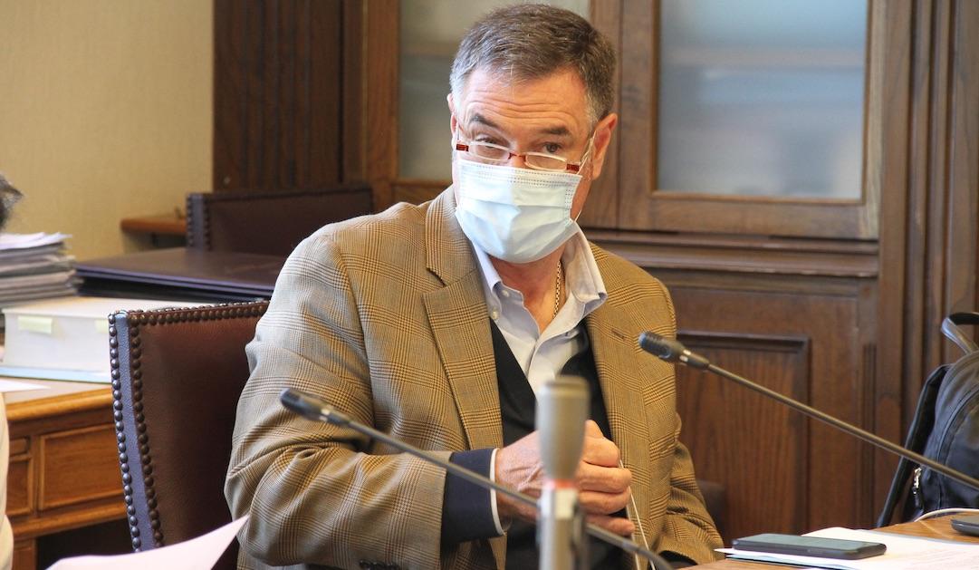 Manuel José Ossandón da positivo por segunda vez al Coronavirus