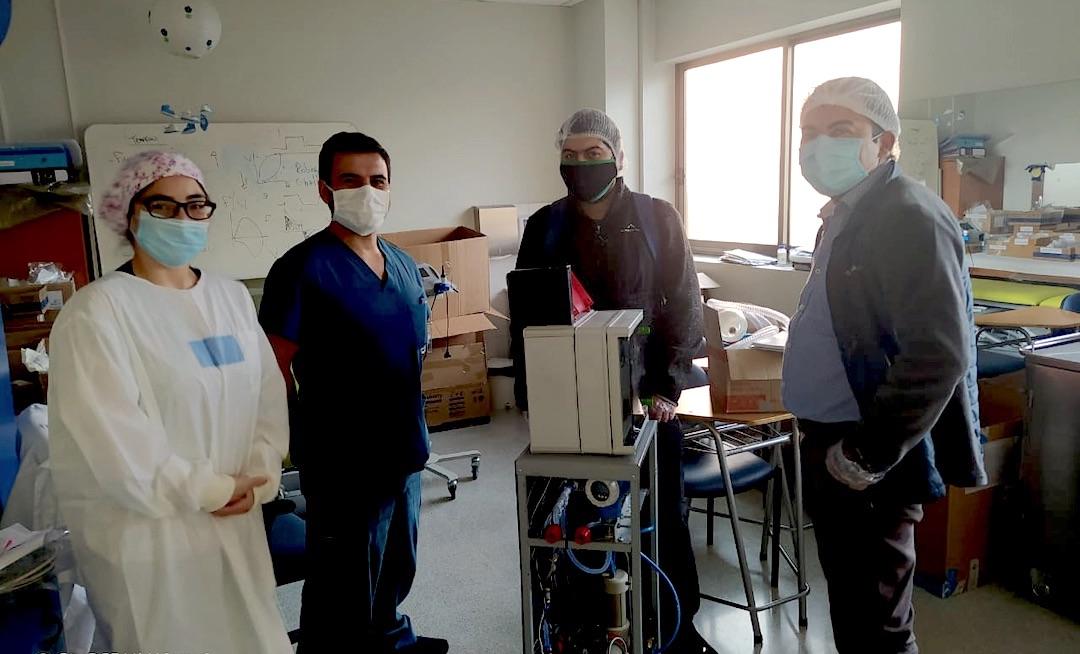 Broma llevó a un emprendedor de Los Ángeles a inventar un nuevo ventilador mecánico
