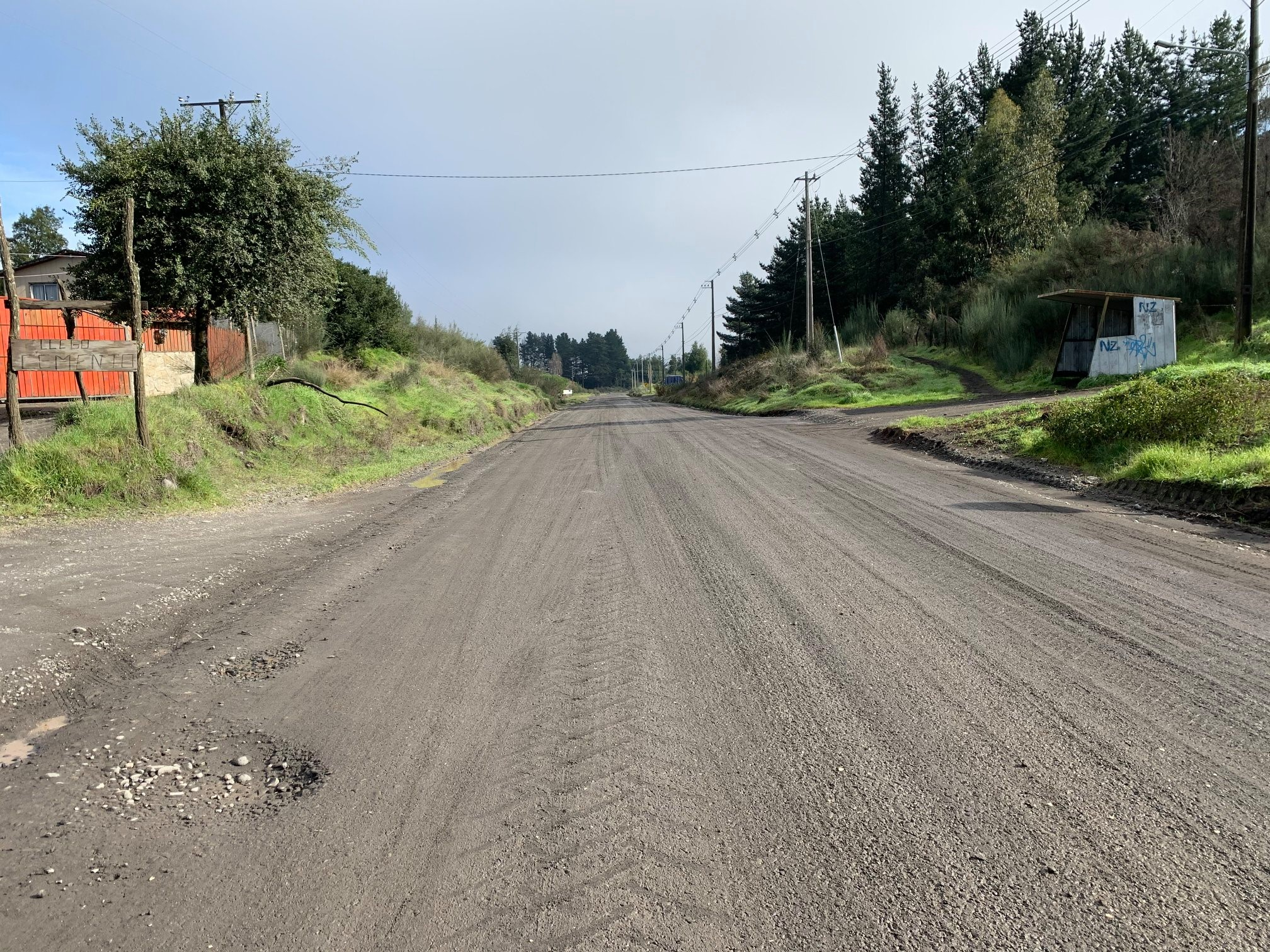 Alcalde valora aprobación para pavimentar 12 km de camino rurales en Los Ángeles