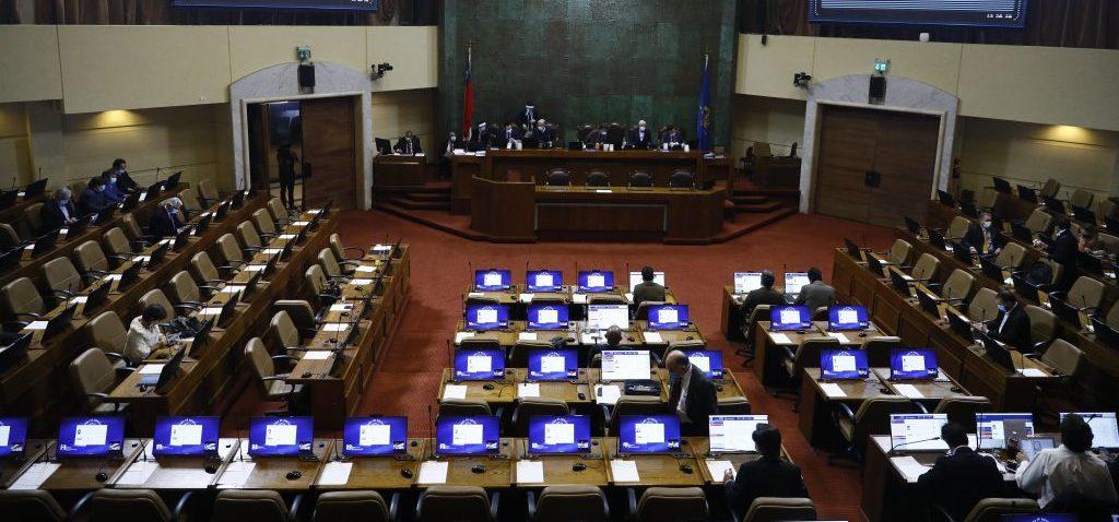 Cámara aprueba postnatal de emergencia y queda listo para convertirse en Ley