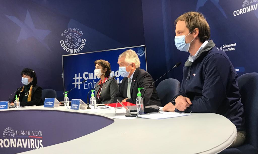 Chile reporta 301 mil contagiados y 32 mil siguen activos o contagiantes