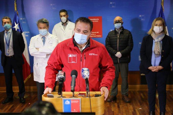 Giacaman tramitó despido a funcionarios que circulaban ebrios con cajas de alimentos