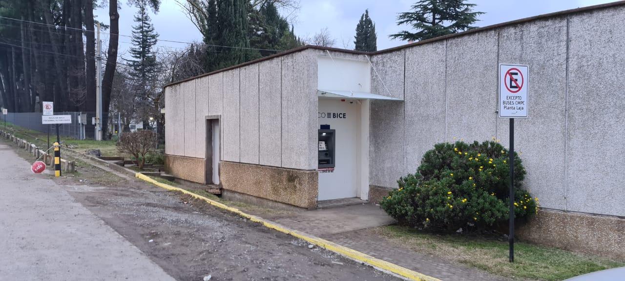 Delincuentes intentaron robar cajero ubicado en la Planta CMPC de Laja