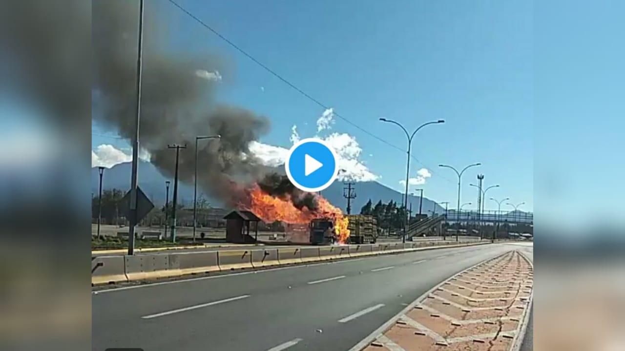 VIDEO: Camión con cilindros de gas se incendia y provoca estruendos en Rancagua