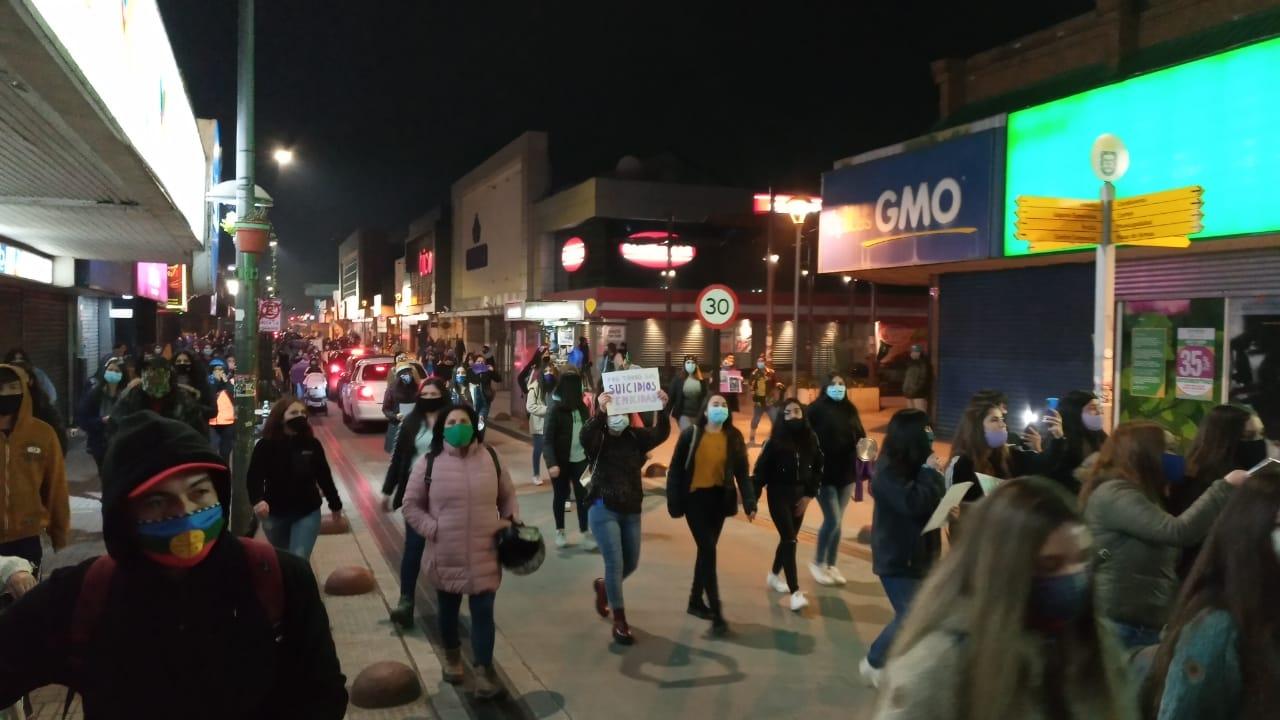 Galería: Masiva protesta en apoyo a Antonia Barra en Los Ángeles