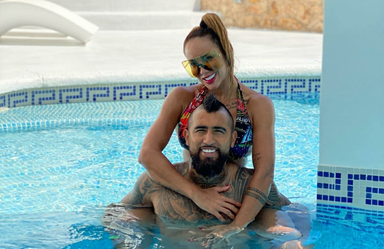 Vidal genera revuelo con transmisión en Instagram celebrando fin de vacaciones