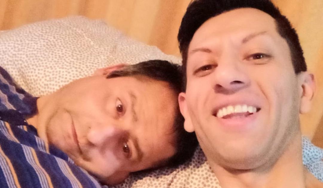 Hombre pide ayuda: cuida a su hermano postrado y toda la familia está con Covid