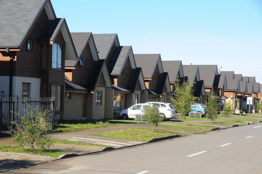 Venta de viviendas caen 20% en Los Ángeles y desistimientos superan 400%