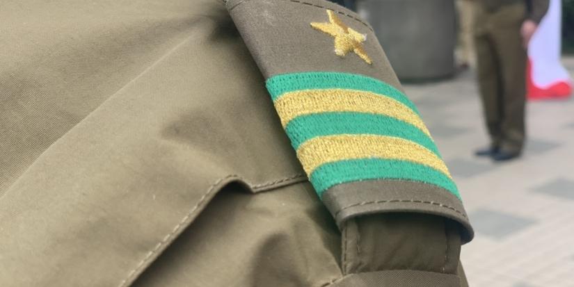 Investigan millonario fraude en compra de uniformes al interior de Carabineros