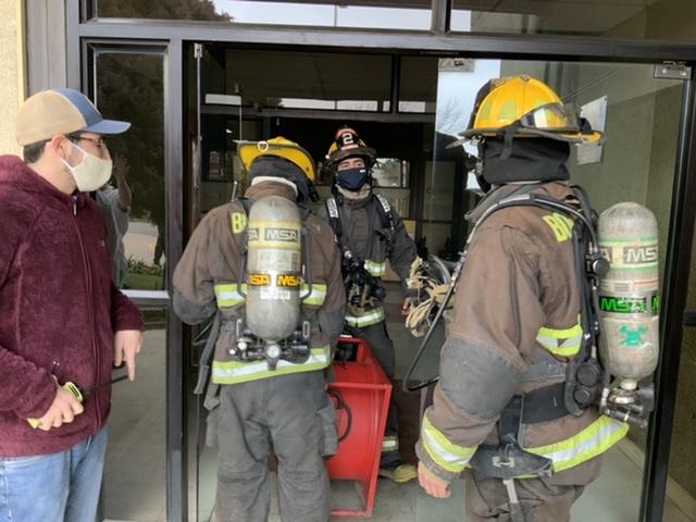 Principio de incendio afecta a la Urgencia del Hospital de Los Ángeles