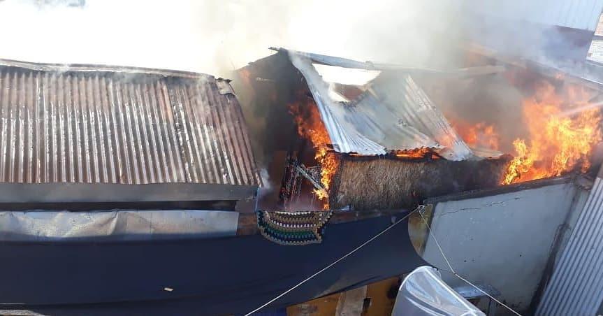 Tragedia: Niño de 11 y gemelos de 2 años mueren en voraz incendio