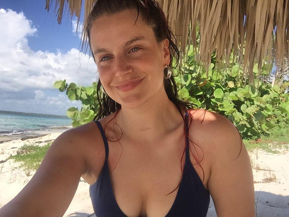 Con desnudo en la tina la actriz Alejandra Araya entregó sensible mensaje