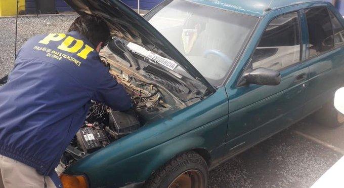 Hombre encontró su auto robado cuando sujeto lo vendía por Facebook