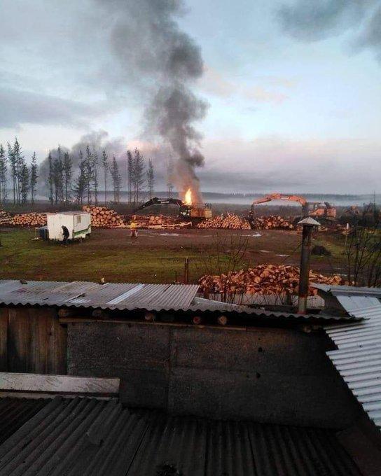 Nuevo ataque incendiario a maquinaria forestal en provincia de Arauco