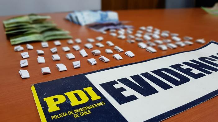 PDI de Mulchén detuvo a dos personas y decomisó más de 140 dosis de droga