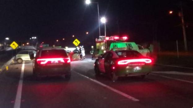 Un fallecido y una niña en riesgo vital deja accidente de tránsito en la Ruta 5 Sur