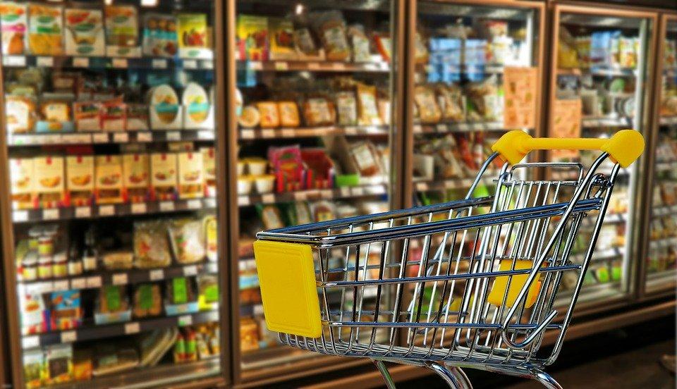 Avanza proyecto que obliga a empresas a donar alimentos próximos a vencer
