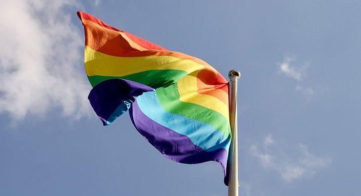 Segegob se disculpa por polémica pregunta sobre la homosexualidad en Twitter