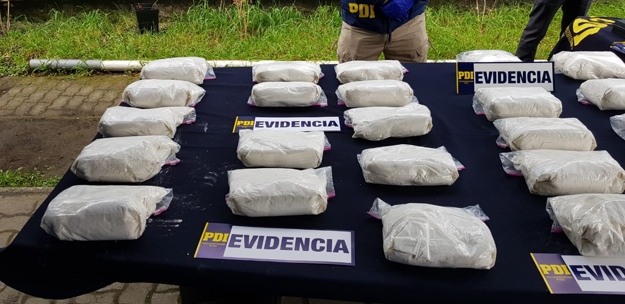 Operación Kalevala: PDI detiene a 9 personas con 216 mil dosis de cocaína base