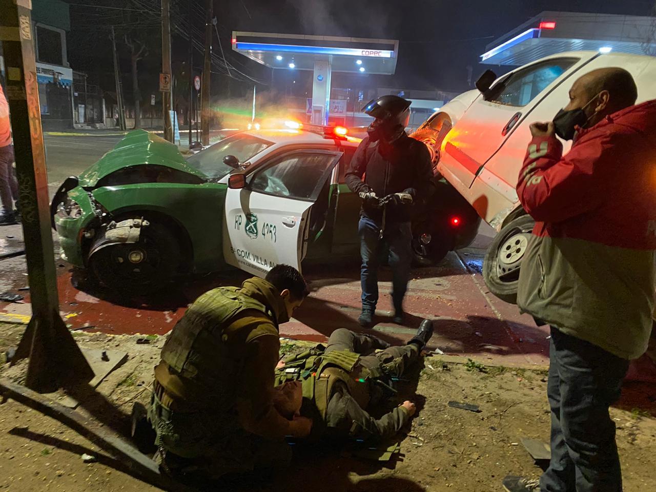 Impactante accidente entre patrulla y un vehículo en Villa Alemana