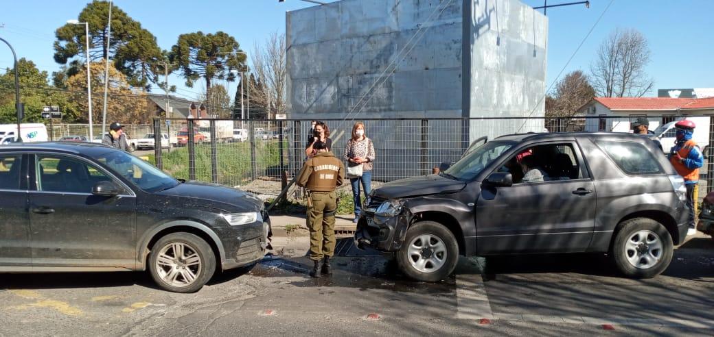 Audi protagoniza colisión cuádruple en sector sur Los Ángeles