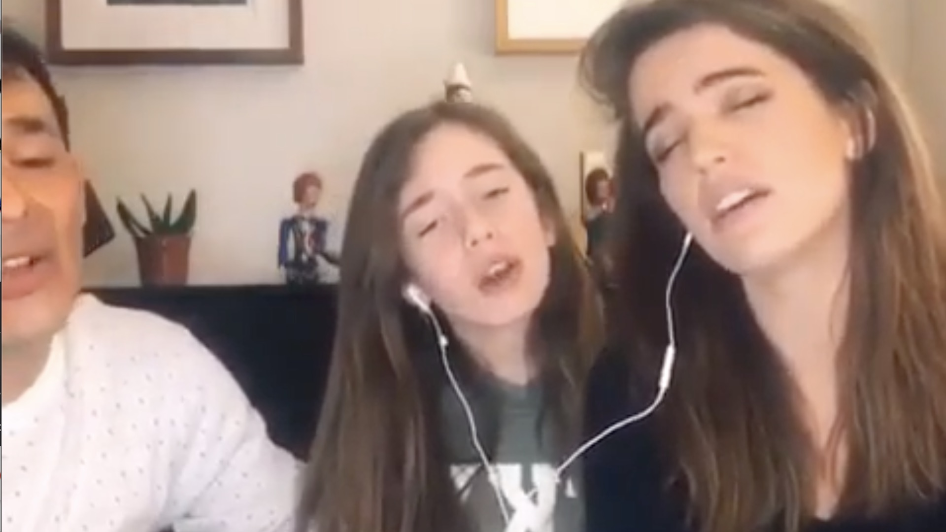 Alvaro López, Millaray Viera y su hija cantan en familia «Arauco tiene una pena»