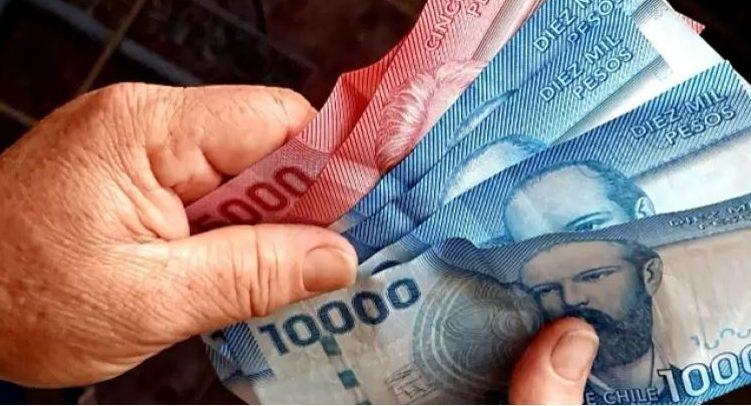 Gobierno confirma quinto y sexto pago del Ingreso Familiar de Emergencia: revisa si puedes acceder
