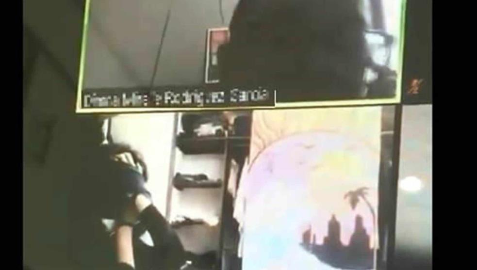 Violento robo se vio en Zoom mientras joven participaba de clase: fue amordazada