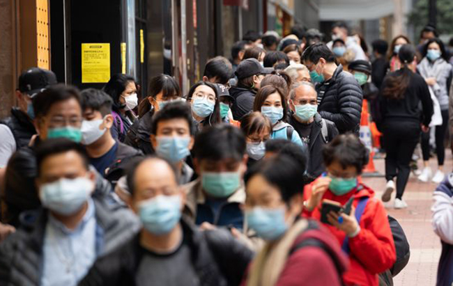Primer caso mundial confirmado: hombre de 33 años se reinfecta de coronavirus