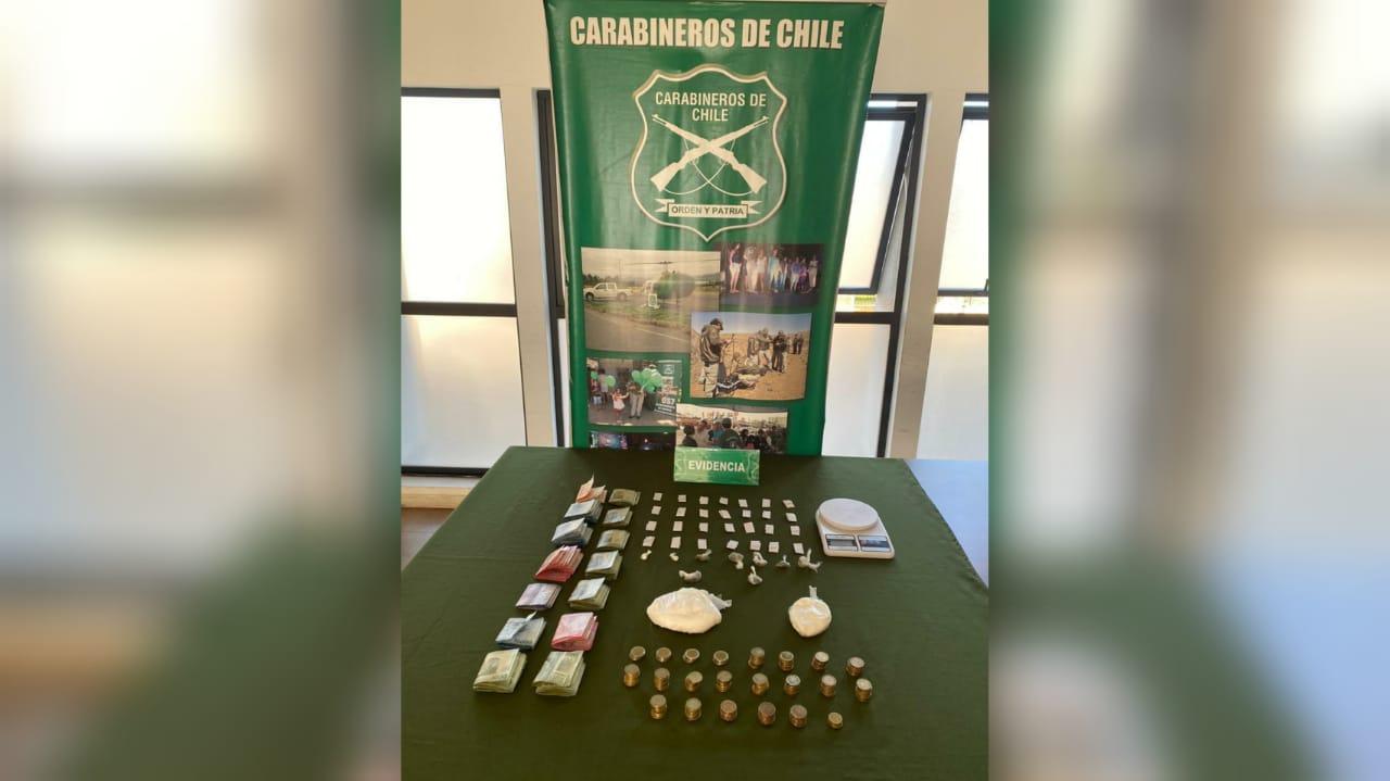 Detienen mujer de 23 años que vendía cocaína y marihuana en Los Ángeles