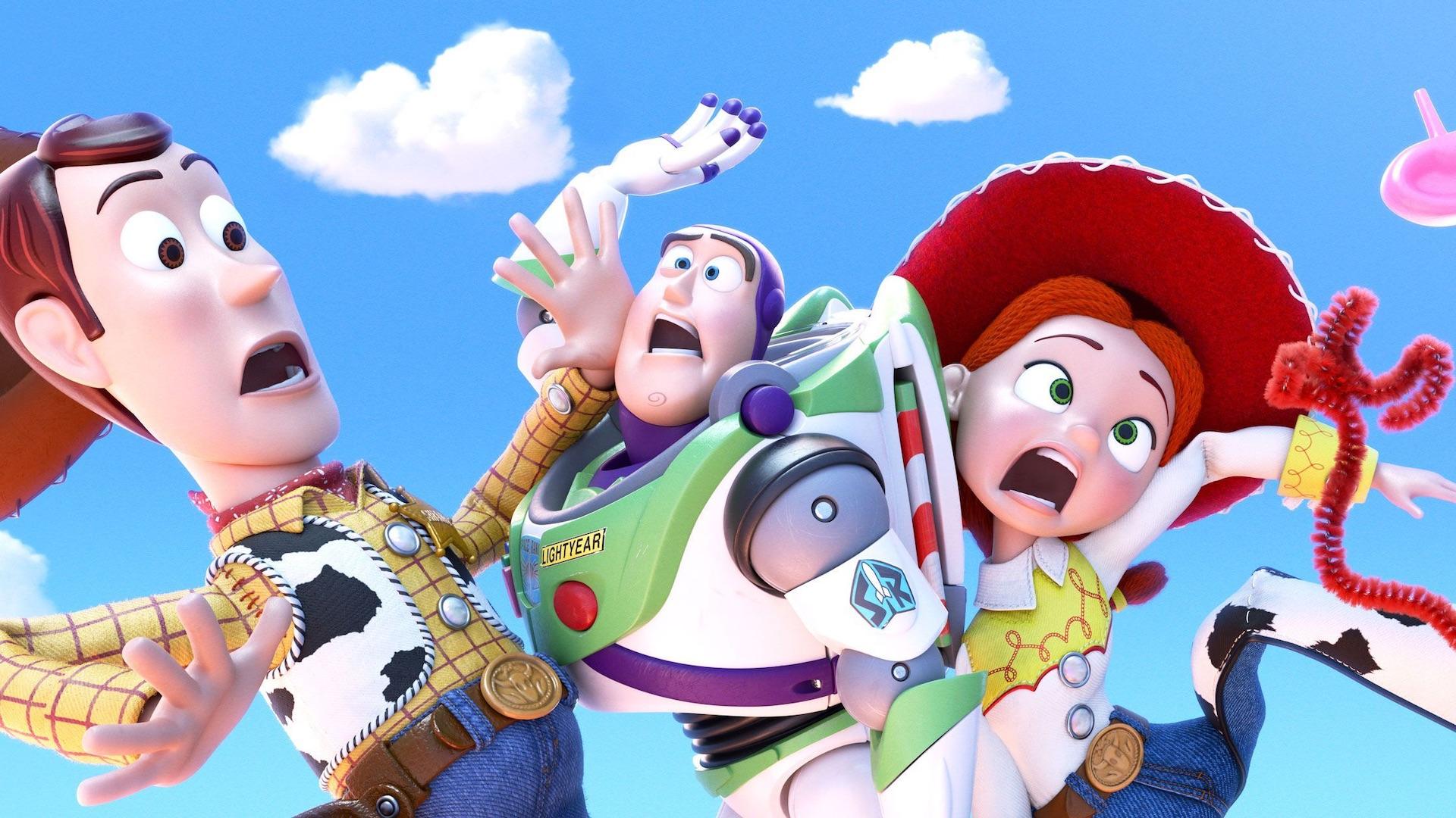 Video | Captan a personajes de Toy Story «escapando» en un camión en Concepción
