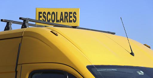 Bono de $350 mil para choferes de micros, taxis y escolares: ¿Cómo acceder?