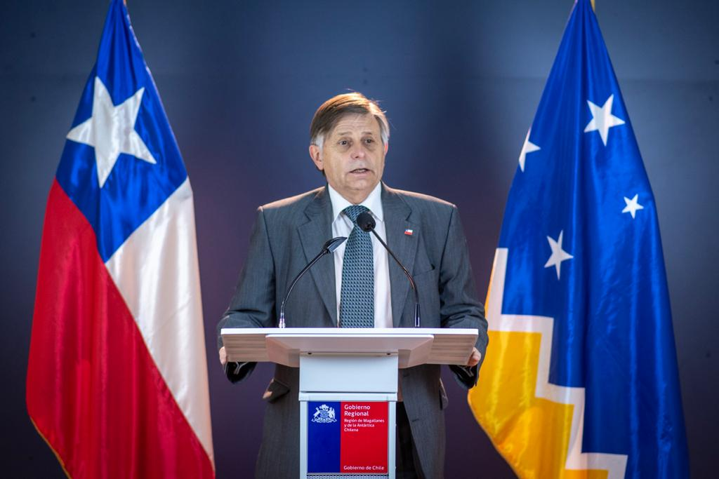 Intendente de Magallanes renuncia al cargo en el peor momento de la pandemia