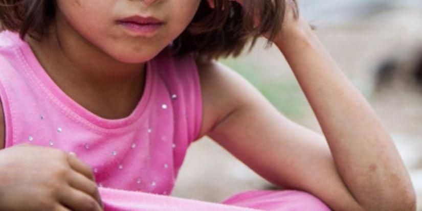 Familia chilena cuida a niña iraquí que no tiene nombre real ni documentación