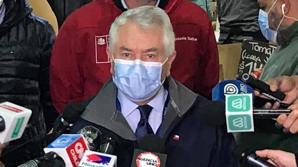 Alcalde de Punta Arenas oficia a ministro Paris para vetar permisos del '18' en su comuna