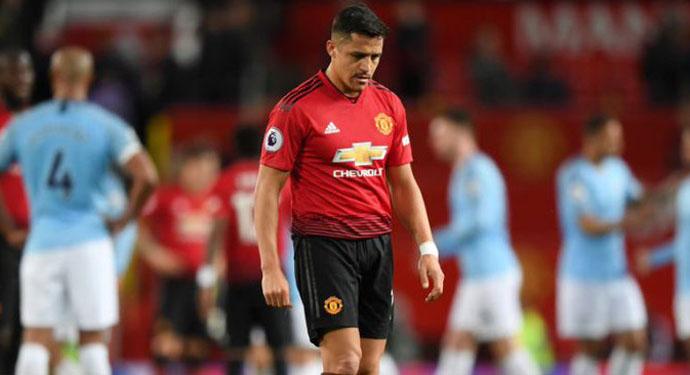 Alexis relató el calvario que vivió en Manchester United: «Siempre me culpaban a mí»