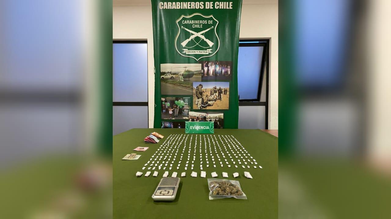 Detienen a mujer que vendía pasta base y marihuana en Villa Los Profesores