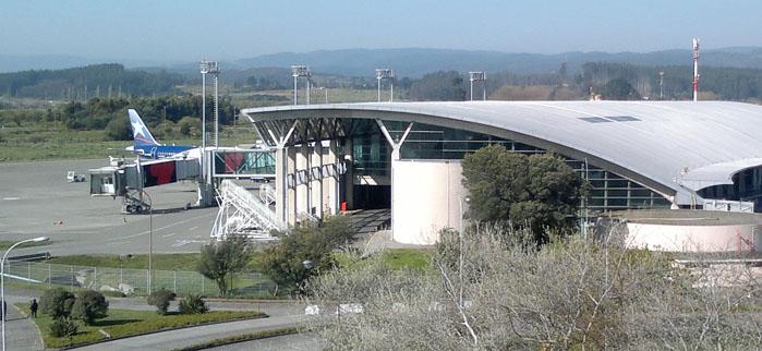 Cierran Aeropuerto Carriel Sur por presencia de paciente contagiado de Covid