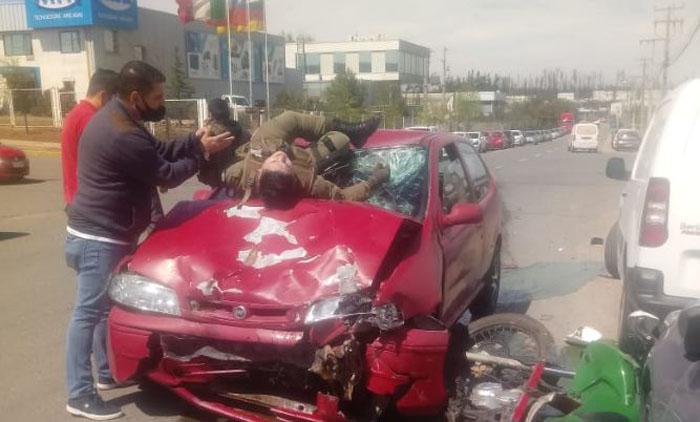 Motorista de Carabineros sufrió un brutal accidente de tránsito mientras iba a cooperar en un robo