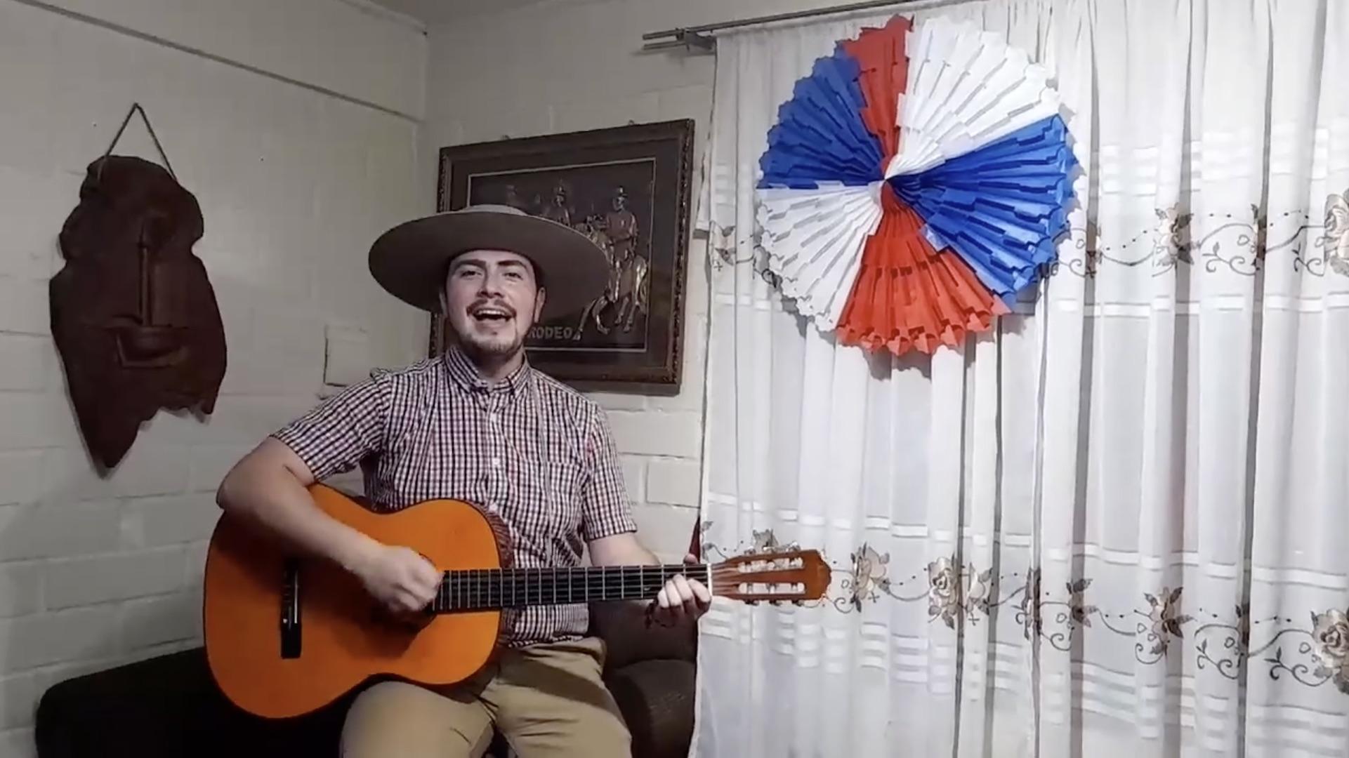 Concejal de Santa Bárbara se luce con paya y cueca online