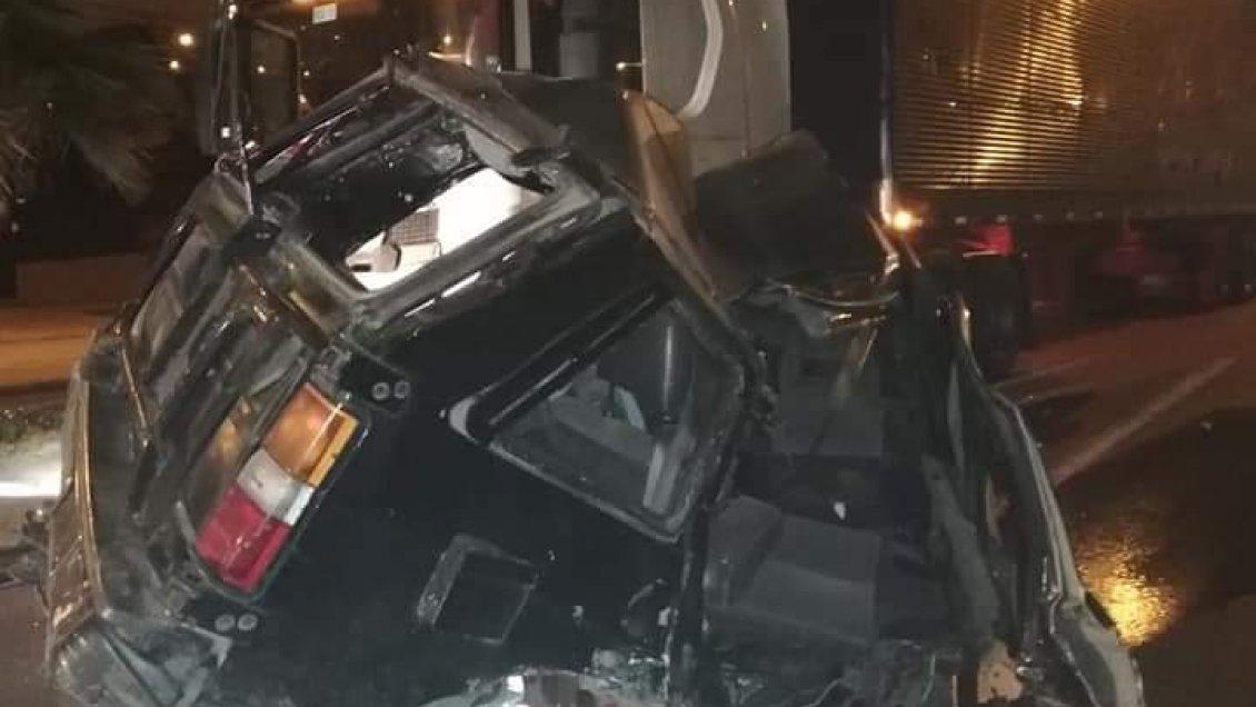 Hombre muere atropellado mientras ayudaba a empujar camioneta en panne