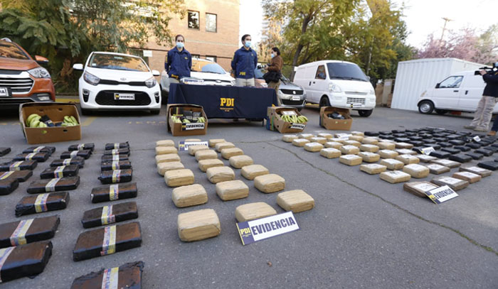 PDI desbarata a banda internacional que ingresaba droga al país en cajas de plátanos