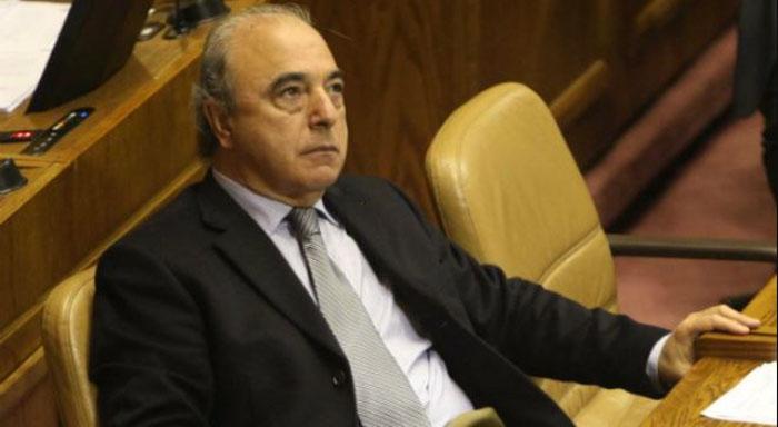 «Estoy hasta el p…»: diputado Rene García sufrió grosero percance en plena comisión de Cámara