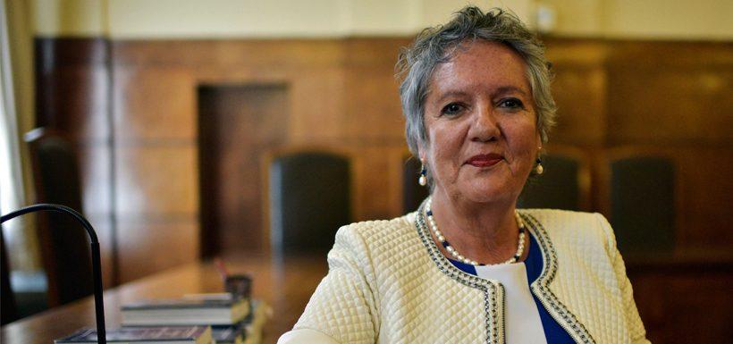 Diputados aprueban acusación constitucional contra jueza Donoso