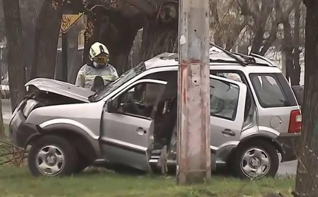 Delincuente murió tras chocar auto que había robado mediante 'portonazo'