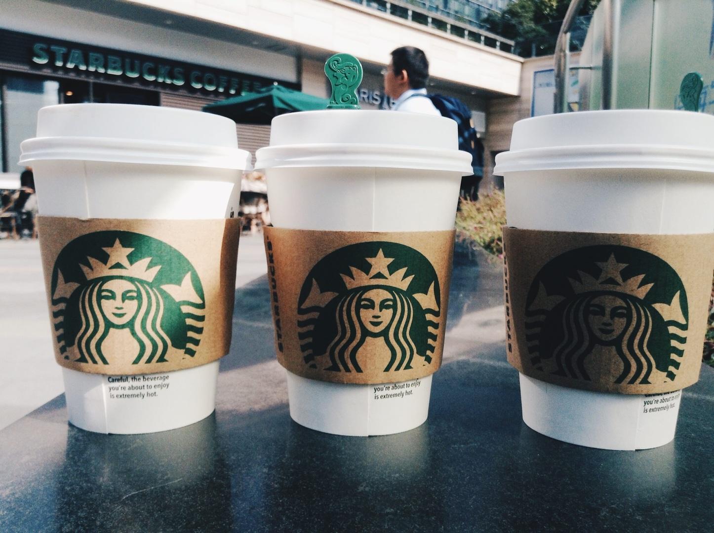 Starbucks regalará un café a todos quienes vayan a votar el próximo domingo